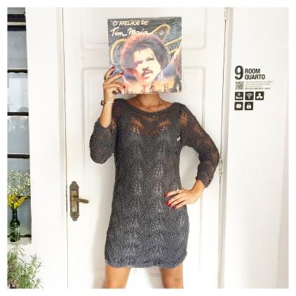 Vestido Aranha Cinza